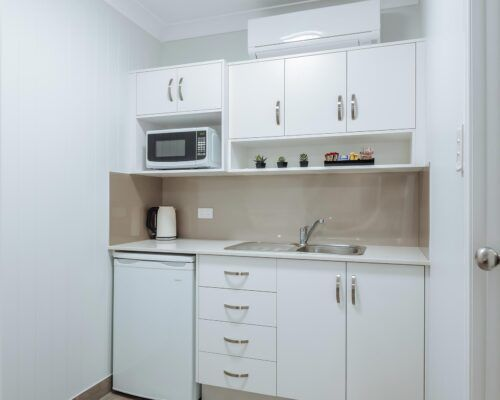 Queensland-Biloela-Accommodation-Room-7 (2)